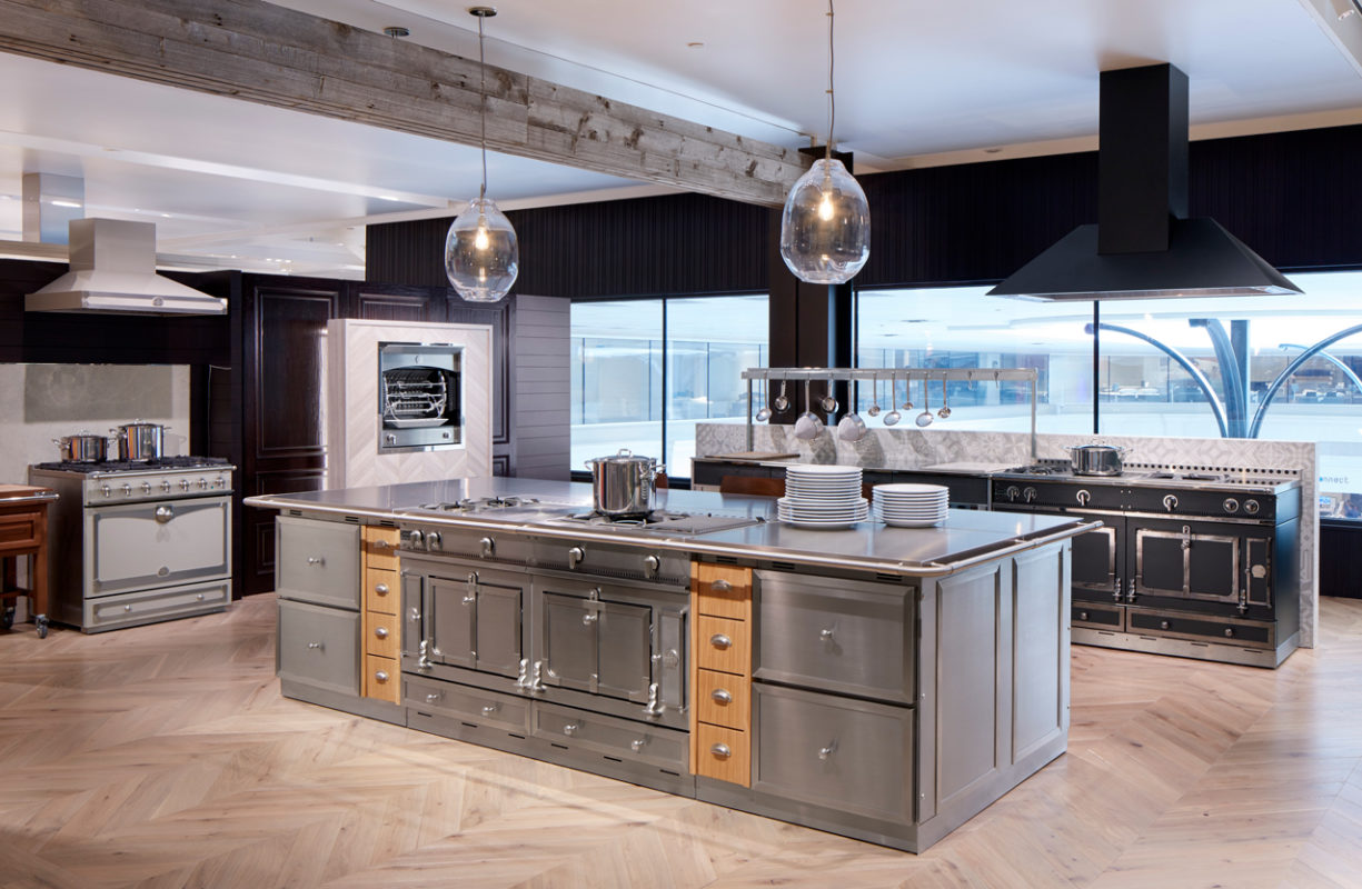 Abt Inspiration Studio Glenview Il Design By Mick De Giulio De Giulio Kitchen Design Apex